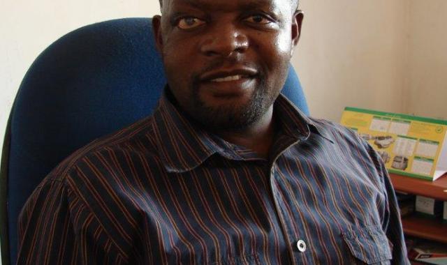 Nervious Siantombo