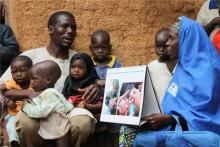 Association of Volunteer Communication Mobilizers' Polio-Related Knowledge and Job-Related Characteristics with Health Message Delivery Performance in Kano District of Nigeria